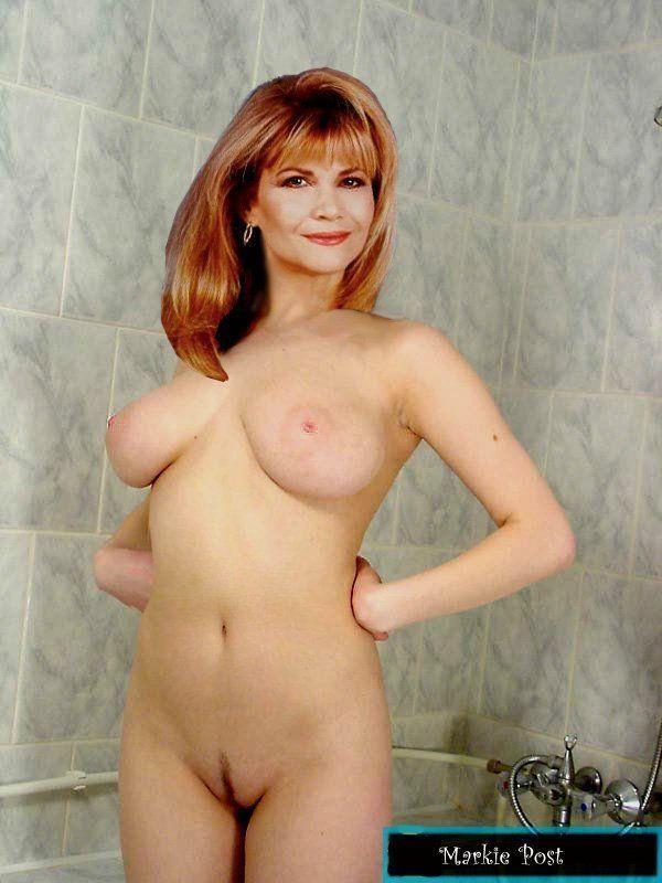 Milf open robe nude