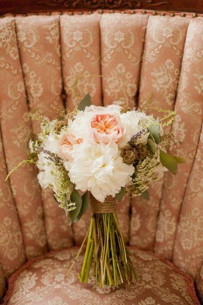 De la nota: Ramos de novia de estilo rústico  Leer mas: http://www.hispabodas.com/notas/2497-ramos-de-novia-de-estilo-rustico