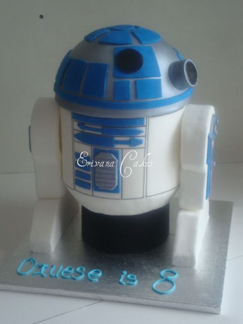 R2D2 Cake in Star Wars 2 (B066): Boys Cakes, Occasion Cakes, Decorate Cakes, R2D2 Cakes, Cakes Decoration, Fancy Cakes, Cakes 2 B066, Stars War Cakes, Children Cakes