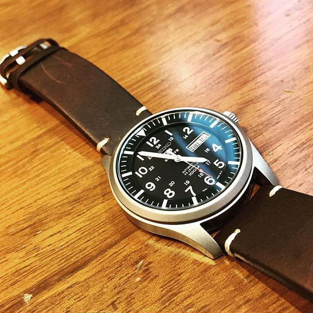 You can always spruce up a cheap watch with a nice strap. hirsch hirschstrap seiko handmade hirschstrap klagenfurt  lederuhrband uhrarmband armbanduhr armband lederarmband leatherwatchstrap watches watchstrap watchblogger  watchblog swisswatches wristgame