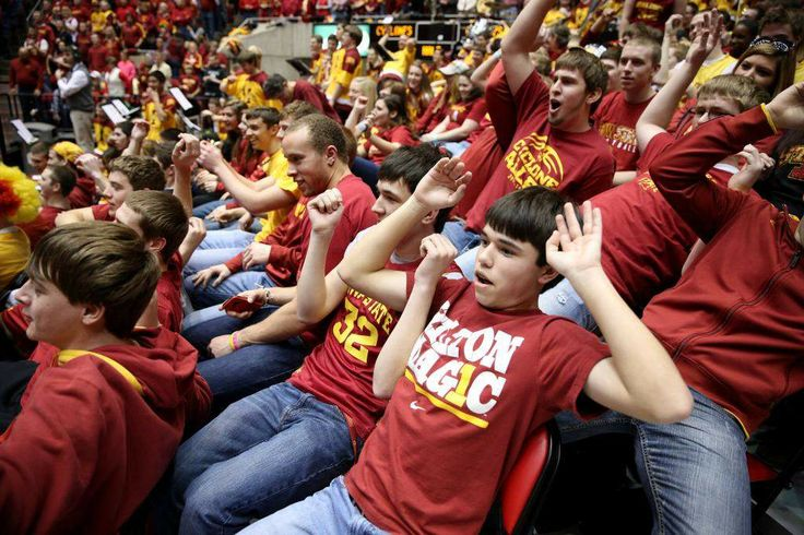 'Mass flop' greets Marcus Smart at Iowa State basketball game