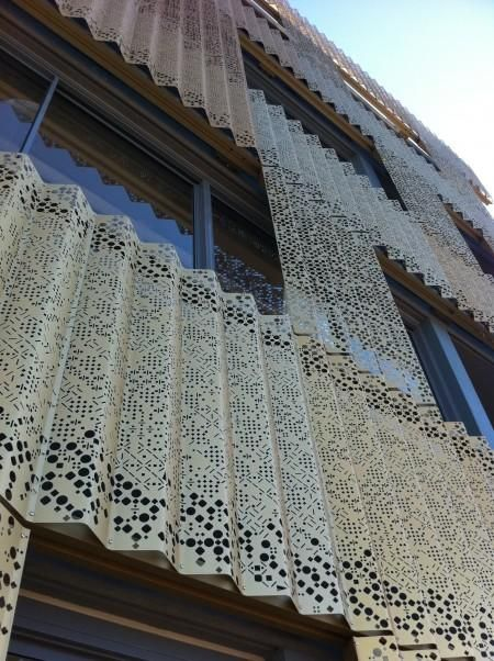 Dry Design Metal Panels : Perforated metal sheets as curtains filt rs