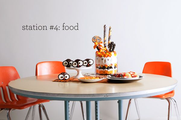 owl cupcakes: Kids Parties, Halloween Parties, Schools Parties, Food Ideas, Food Stations, Owl Cupcakes, Halloween Food, Halloween Ideas, Parties Food
