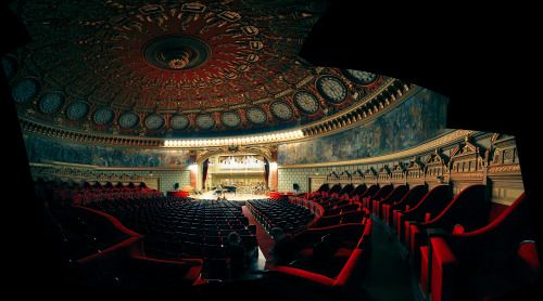The Romanian Athenaeum in Bucharest. Great photo!