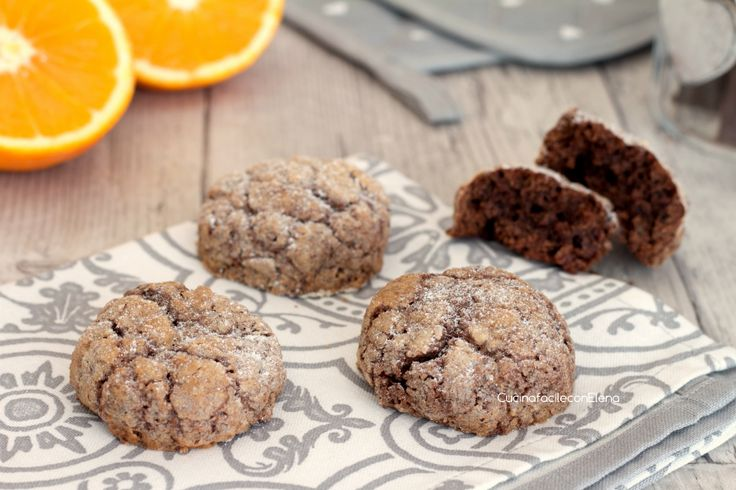 Biscotti morbidi arancia e cioccolato