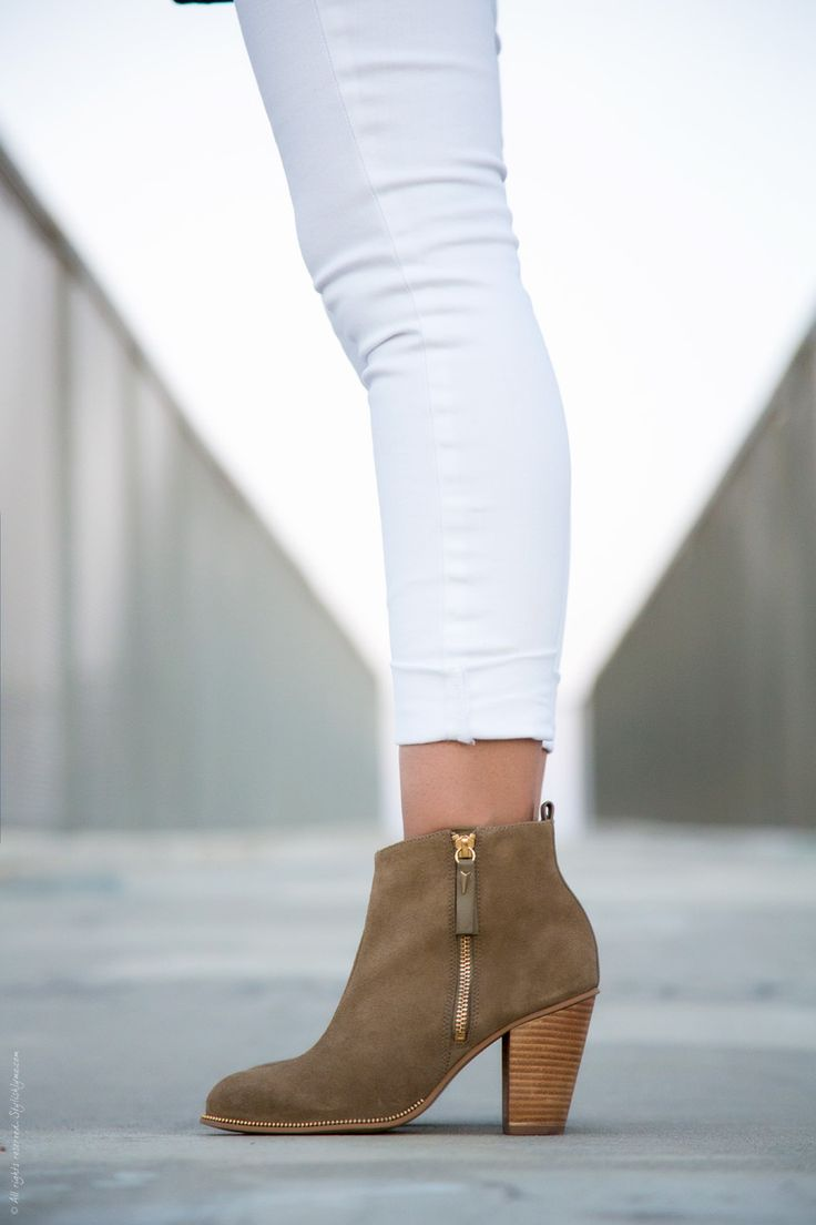 taupe ankle boots and white jeans - Visit Stylishlyme.com for more outfit inspiration and style tips: