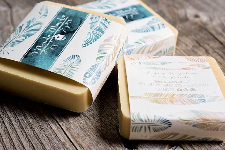 sapone di marsiglia tagliato a mano + biglietto da visita by mondo • mombo soap packaging