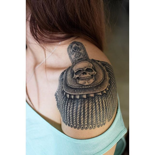 12 best epaulette works images on pinterest design tattoos russian criminal tattoo and tattoo art. Black Bedroom Furniture Sets. Home Design Ideas