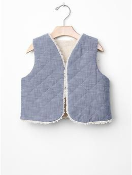 Sherpa-lined quilted chambray vest | Gap