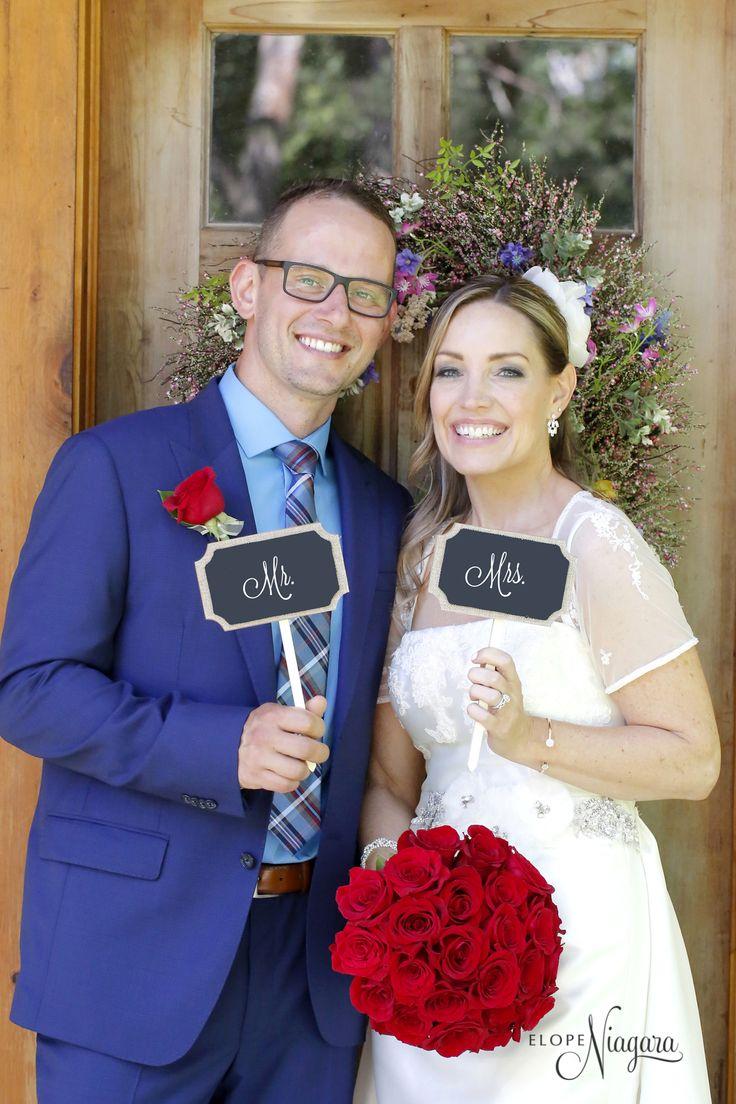 Fun photography props at The Little Log wedding Chapel in Niagara