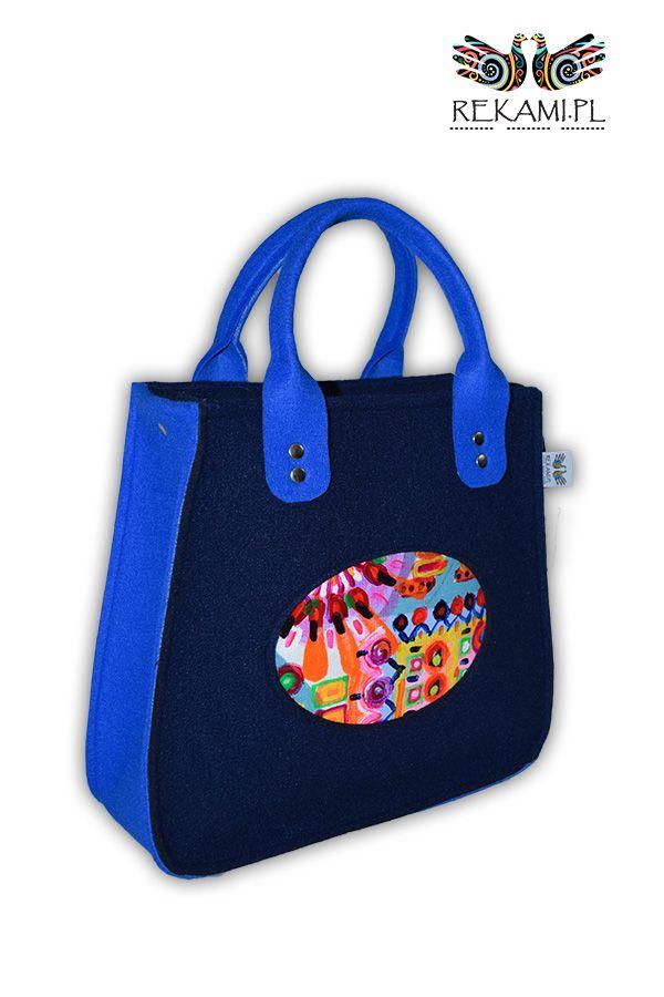 Granatowa torba filcowa z obrazem - Rękami