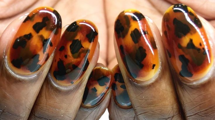 Match Your Manicure To Your Glasses With Tortoiseshell Nail Art In