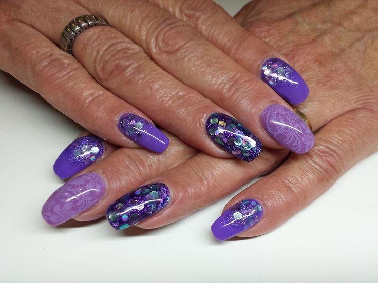 Prachtig glanzende nagels met CND Shellac voor de koele personen
