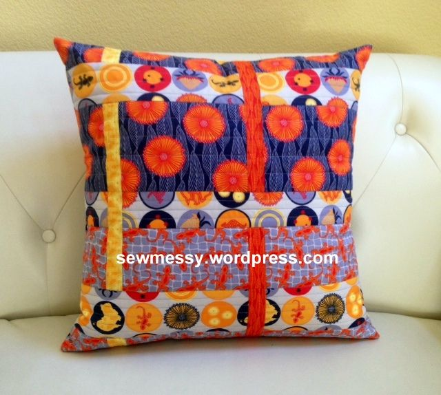 Modern Quilted Pillows Pattern : Modern quilted pillow pattern: sewmessy.wordpress.com Modern quilts, yes! Pinterest ...