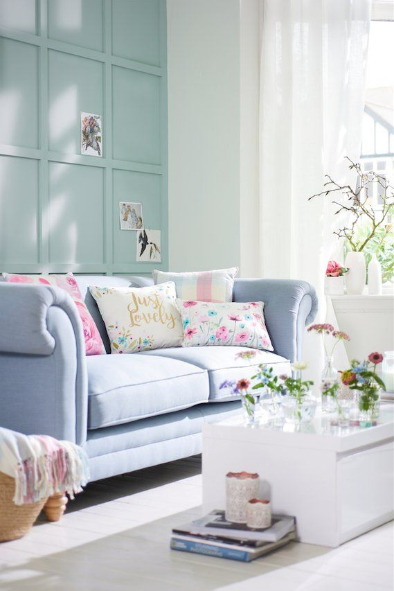 Tweets with replies by Good Homes magazine (@GoodHomesMag) | Twitter  aqua wainscotting on wall