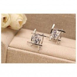 YIMLOI JEWELRY Elegant  Crystals Square Stud Earrings