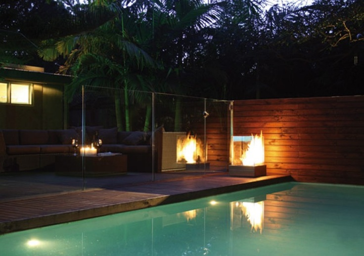 aujourd 39 hui c 39 est soleil alors pourquoi ne pas d placer la chemin e l 39 thanol sur la terrasse. Black Bedroom Furniture Sets. Home Design Ideas