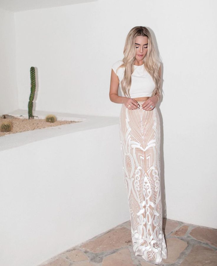 NASHVILLE + SAN DIEGO + SEATTLE curated, intimate sister- owned bridal boutique for the effortless & unique. @lvdbridal consignment popup NYC 12/9-10