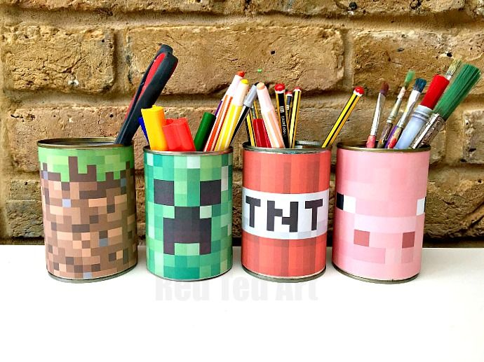 Minecraft Crafts - make this quick and easy Minecraft Desk Tidy - less then 5minutes from start to finish. Includes template!