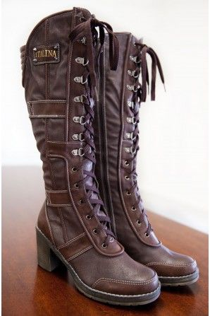 Vineyard Discovery  Boots