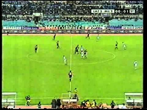 This is glorious: over 100 minutes of 'Football Italia Mezzanotte' from October 1999.