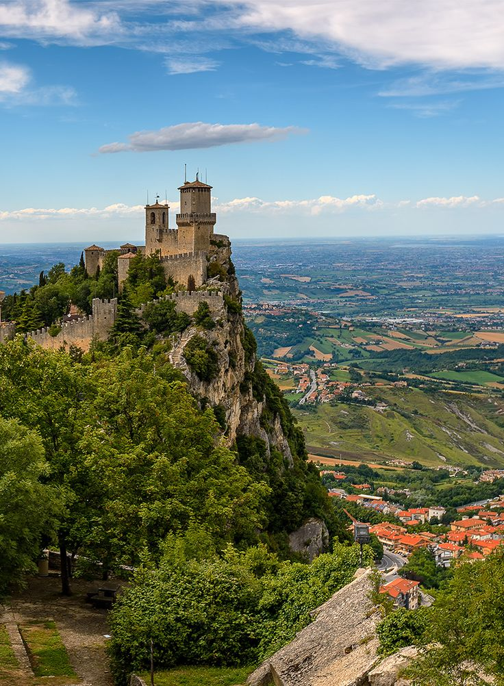 25 best ideas about the fortress on pinterest castle for Flights to san marino italy