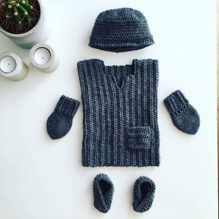 Maternity gift Crochet - hat, vest, mittens & boots
