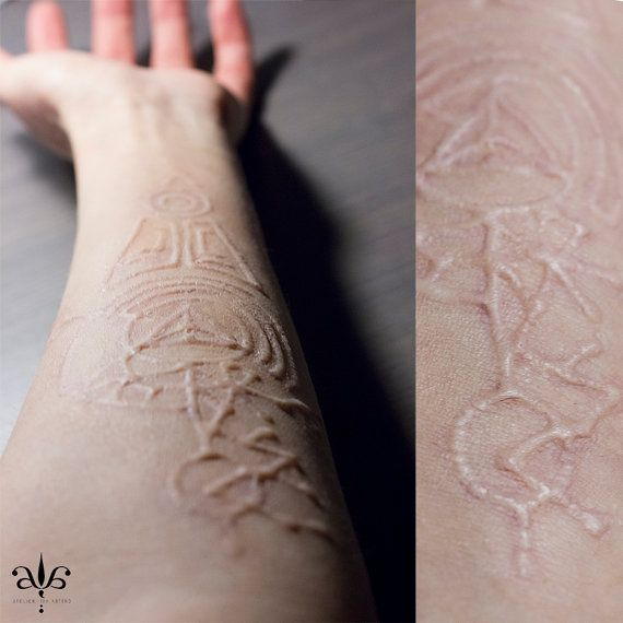 Special Effects Prosthetic - Scarification - Encapsulated Silicone - Film Quality