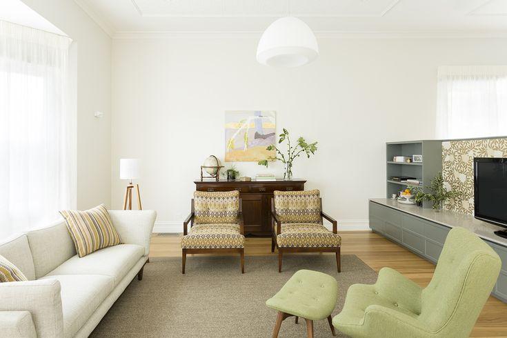 Living room design by interior designer Meredith Lee, photo by Elizabeth Schiavello