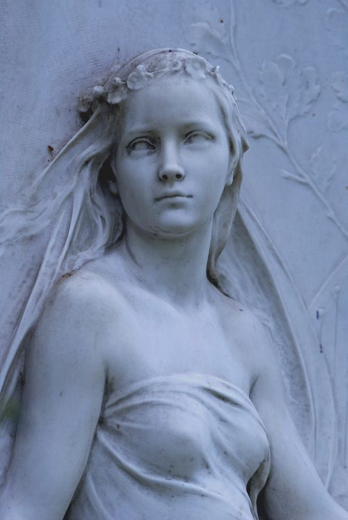 Isn't she exquisite? #stone #angels