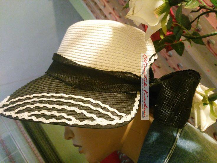 Siyah Beyaz Şapka - 160317 | Otantik Kadın, Otantik Giysiler, Elbiseler,Bohem giyim, Etnik Giysiler, Kıyafetler, Pançolar, kışlık Şalvarlar, Şalvarlar,Etekler, Çantalar,şapka,Takılar