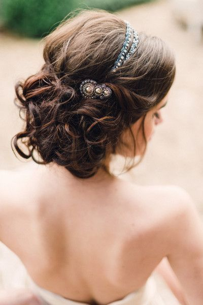 Accessories your updo this prom season with classical hair pieces just like this one!
