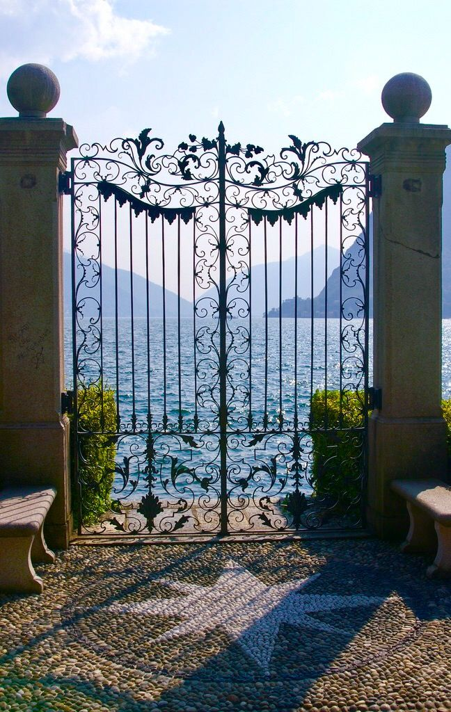 Gates: Lake Lugano (Switzerland) by Gerry Labrijn