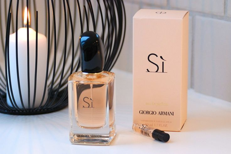 Armani SI such a wonderful scent especially for the Winter months. See more at www.evabyeva.dk
