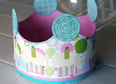 printable paper birthday crown from scrapbook paper - www.creatingkeepsakes.com