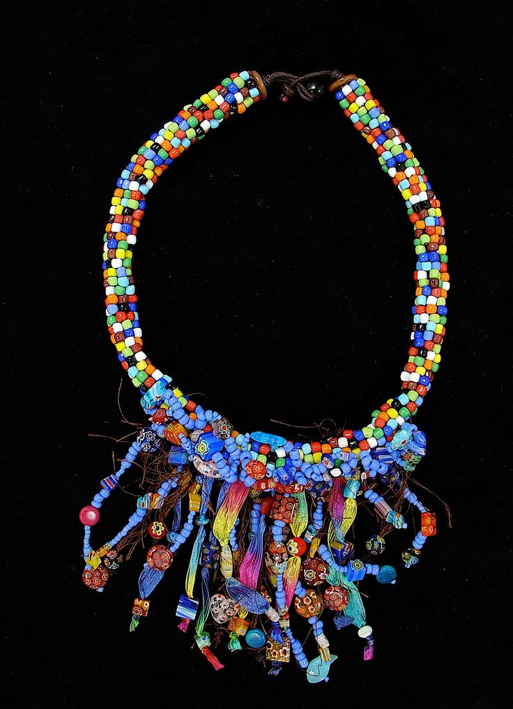 This is a necklace from the Curiepe collection! To see more ethnic accessories visit my website! #fashion #necklace #ethnic #jewelry #colors #mosaic #design #fashiondesign #colombia #venezuela