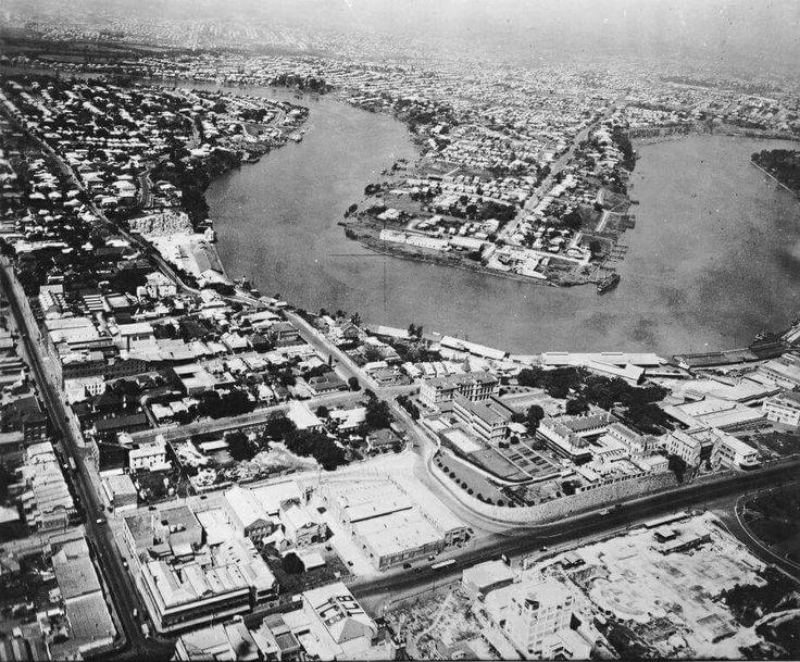 Aerial photo of the Story Bridge site in Brisbane,Queensland in 1931.