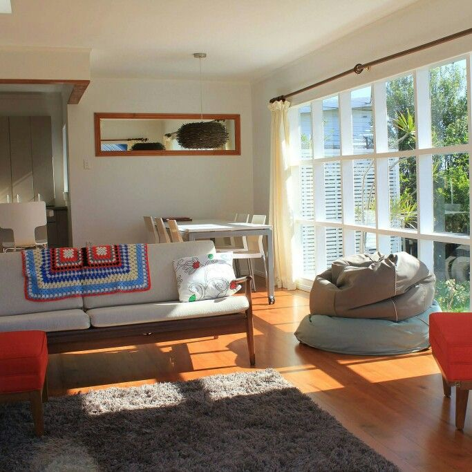 Take the dog on holiday at this cute retro bach - voted 2014 Best Pet-Friendly property in our annual awards. Handy location for a weekend escape from Auckland or a longer holiday at the beach. Fully fenced with extras for dogs and great walks nearby. Book online - www.bookabach.co.nz/3612
