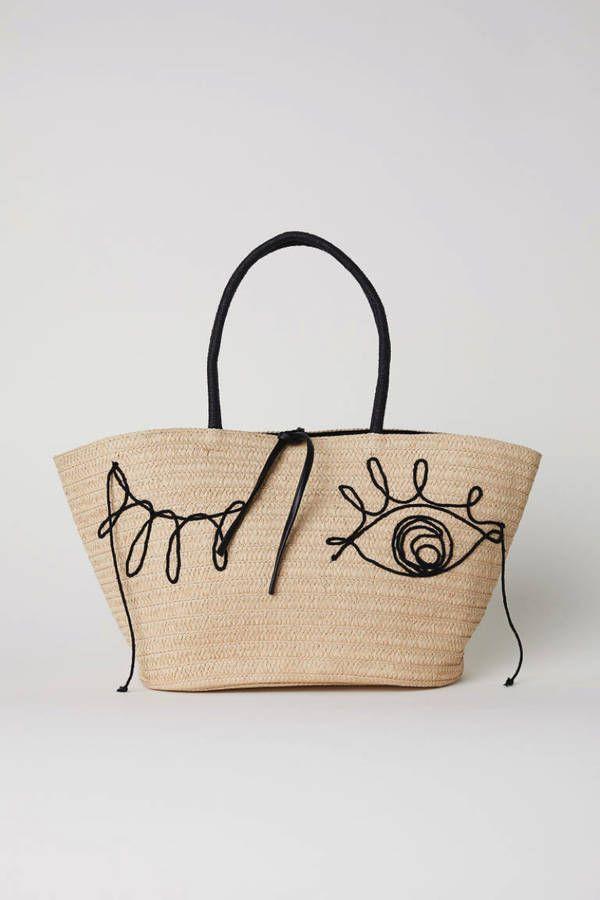 49312c2f1b6e Voici les 30 plus beaux sacs repérés chez Zara, Mango et H M   Sacs   Bags    Pinterest   Sac, Sac en paille et Cabas