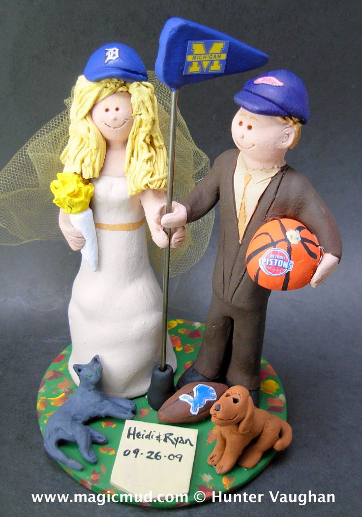 Detroit Piston's Basketball Wedding Cake Topper by http://magicmud.com/Wedding photos.htm magicmud@magicmud.com  1 800 231 9814  https://www.facebook.com/PersonalizedWeddingCakeToppers  https://twitter.com/caketoppers  #wedding #cake #toppers #custom#personalized #Groom #bride #anniversary #birthday#weddingcaketoppers#cake toppers#figurine#gift#wedding cake toppers#basketball#detroitpistons