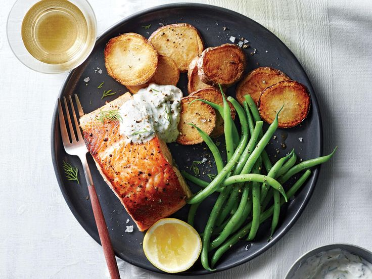 Salmon with Potatoes and Horseradish Sauce by cookinglight  #Salmon #Horseradish #Healthy
