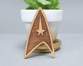 FREE US SHIPPING - Star Trek Insignia Badge - Magnetic Wood Brooch - Laser Engraved - Lapel Pin