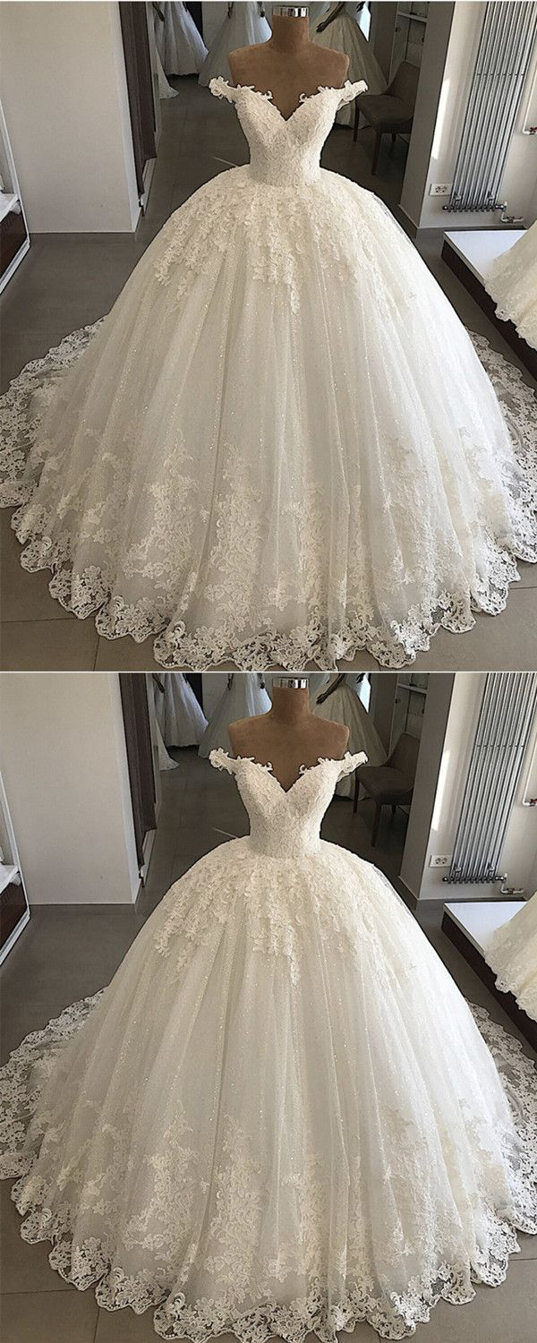 Vintage Pearl Beaded Lace V-neck Tulle Wedding Dresses Ball Gown Off Shoulder