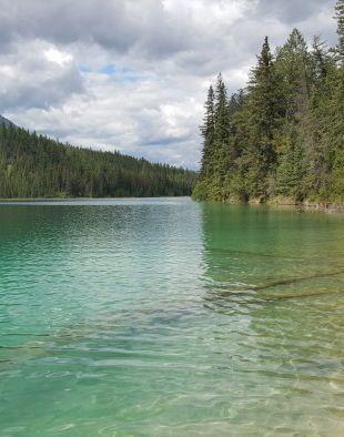 Valley of 5 Lakes, Jasper National Park #CanadianRockies
