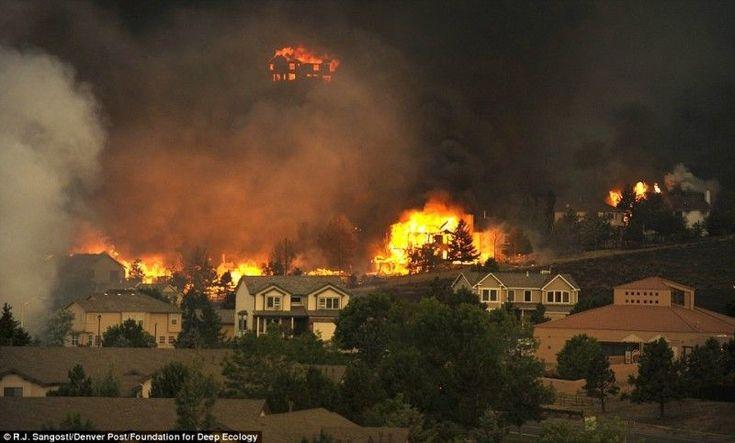 Spowodowana zmianami klimatycznymi olbrzymia ilość pożarów w Colorado.