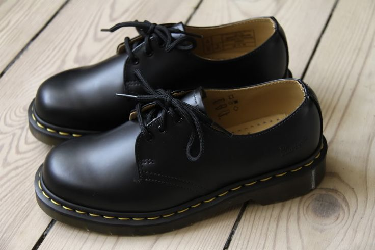 The first thing I'm buying when my student loan kicks in!  I so wish I'd kept all the docs I've had since the 90s grrrr!