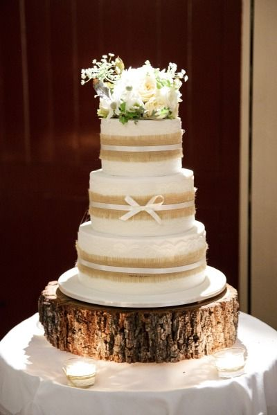 Rustic wedding cake: http://www.stylemepretty.com/australia-weddings/queensland-au/2015/05/26/rustic-elegant-australian-wedding/ | Photography: Jennifer Oliphant - http://www.jenniferoliphant.com/