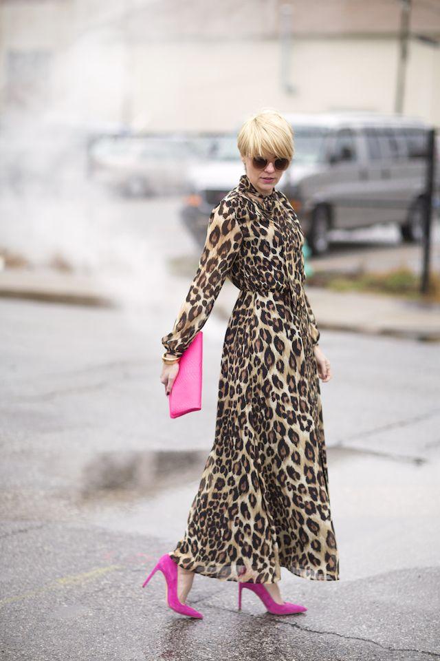Seersucker and Saddles. Leopard turtleneck long sleeved masi dress+pink stilettos+pink clutch. Winter Event Outfit 2017