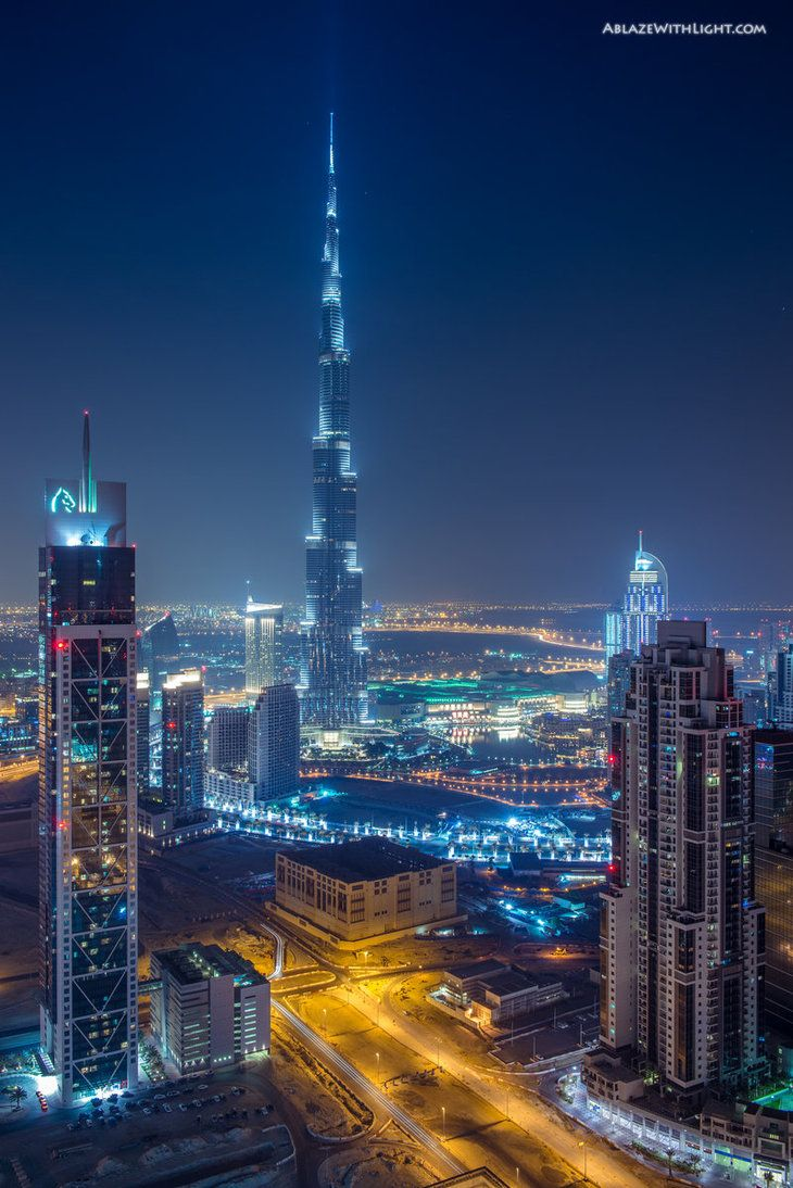 View of burj khalifa and business bay dubai places to for Dubai places to stay