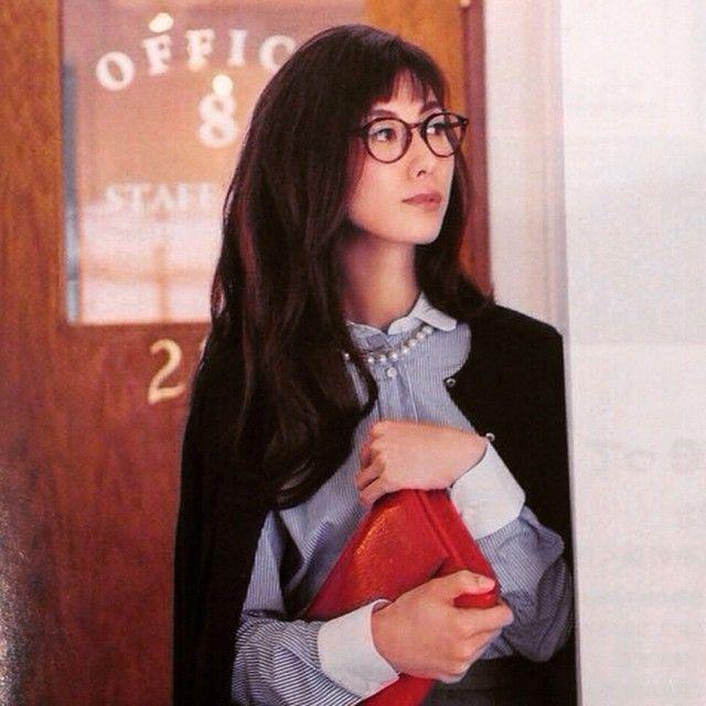 「Rie Tomosaka is wearing a SPIKE. It's suits her!!! * ともさかりえさんがSPIKEをかけてくれています。とてもお似合いです!! #ayameid #ayame #ともさかりえ」